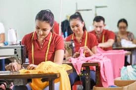 Le integrazioni salariali per le aziende tessili e la sospensione dei licenziamenti per motivi economici